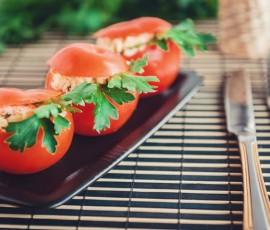 Фаршированные помидоры по-провансальски